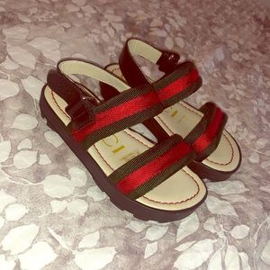 Gucci Toddler leather & web sandal.